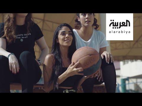 شاهد الفنانة العراقية البلجيكية ساندرا ساهي في حفل افتراضي لدبي أوبرا